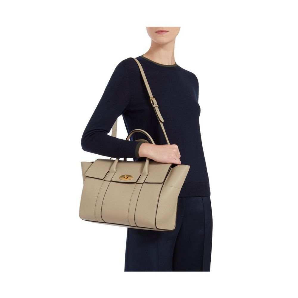 d2cfc551b71 Bayswater with Strap in Dune Small Classic Grain   Family   Mulberry ...