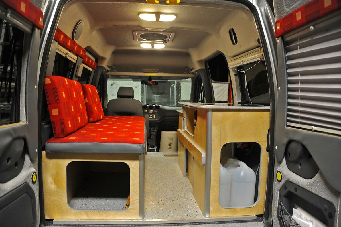 movers and makers kevin fitzpatrick motorhome campers. Black Bedroom Furniture Sets. Home Design Ideas