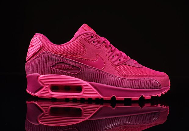 best loved 91f85 1ec0d Fireberry Air Max 90...I need these →