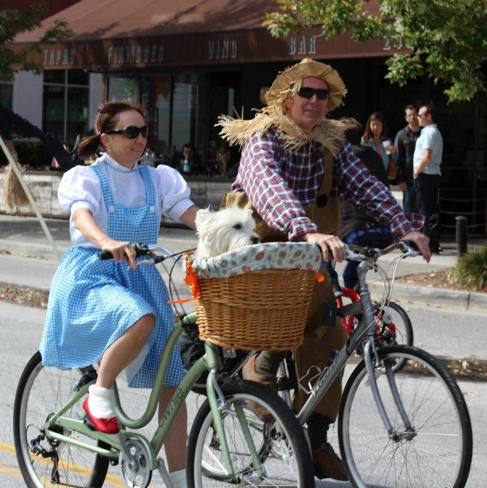 6 Bike Friendly Halloween Costumes Ideas | Bike Pretty | Pinterest ...