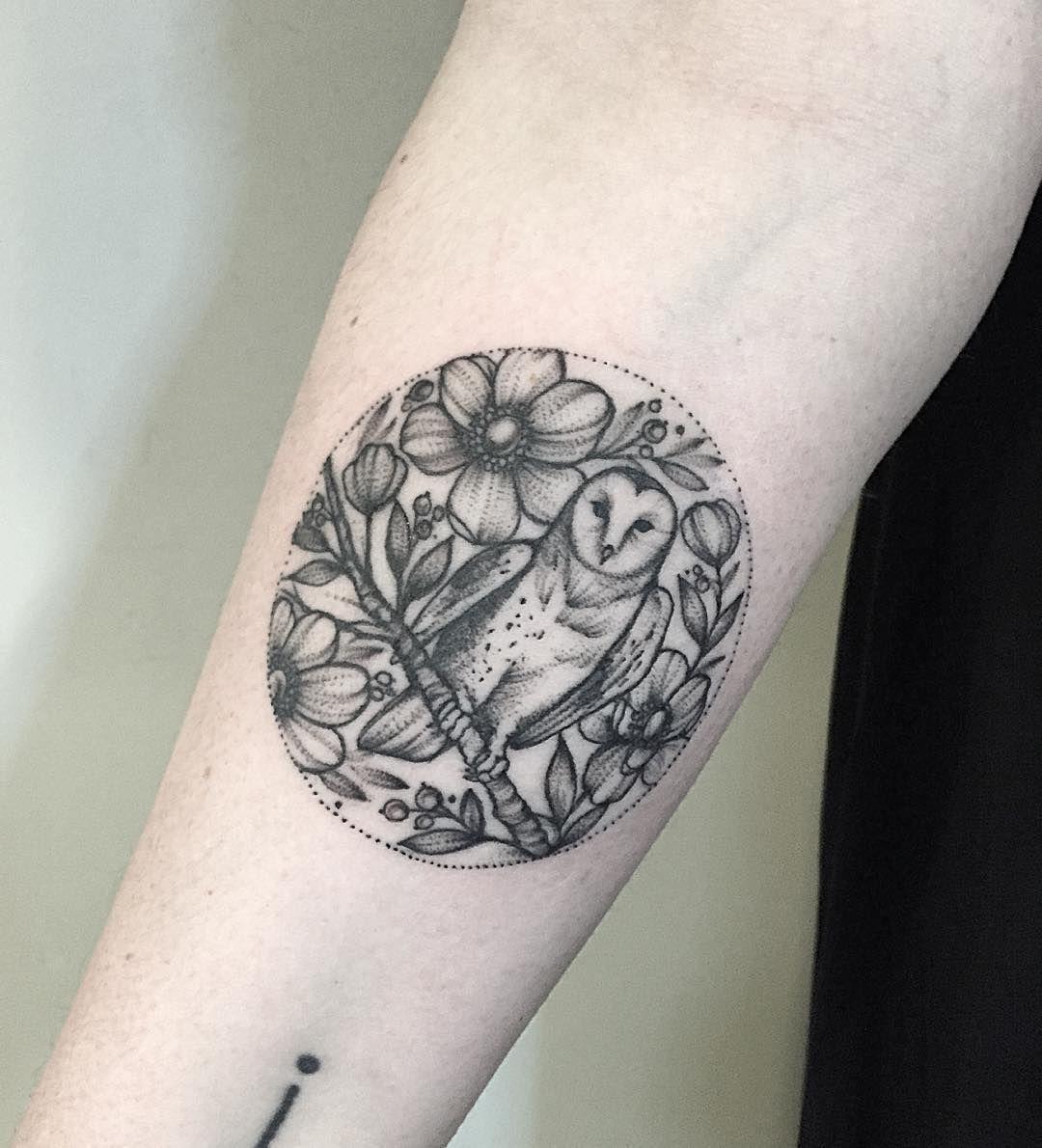 #owl#owltattoo#tattooparis #blacktattooing #dotwork #blxckink #blackwork #botanical #botanical #blacktattooart #blacktattoos #blackandwhite #dotworktattoo #art #amazinkink #annabravo