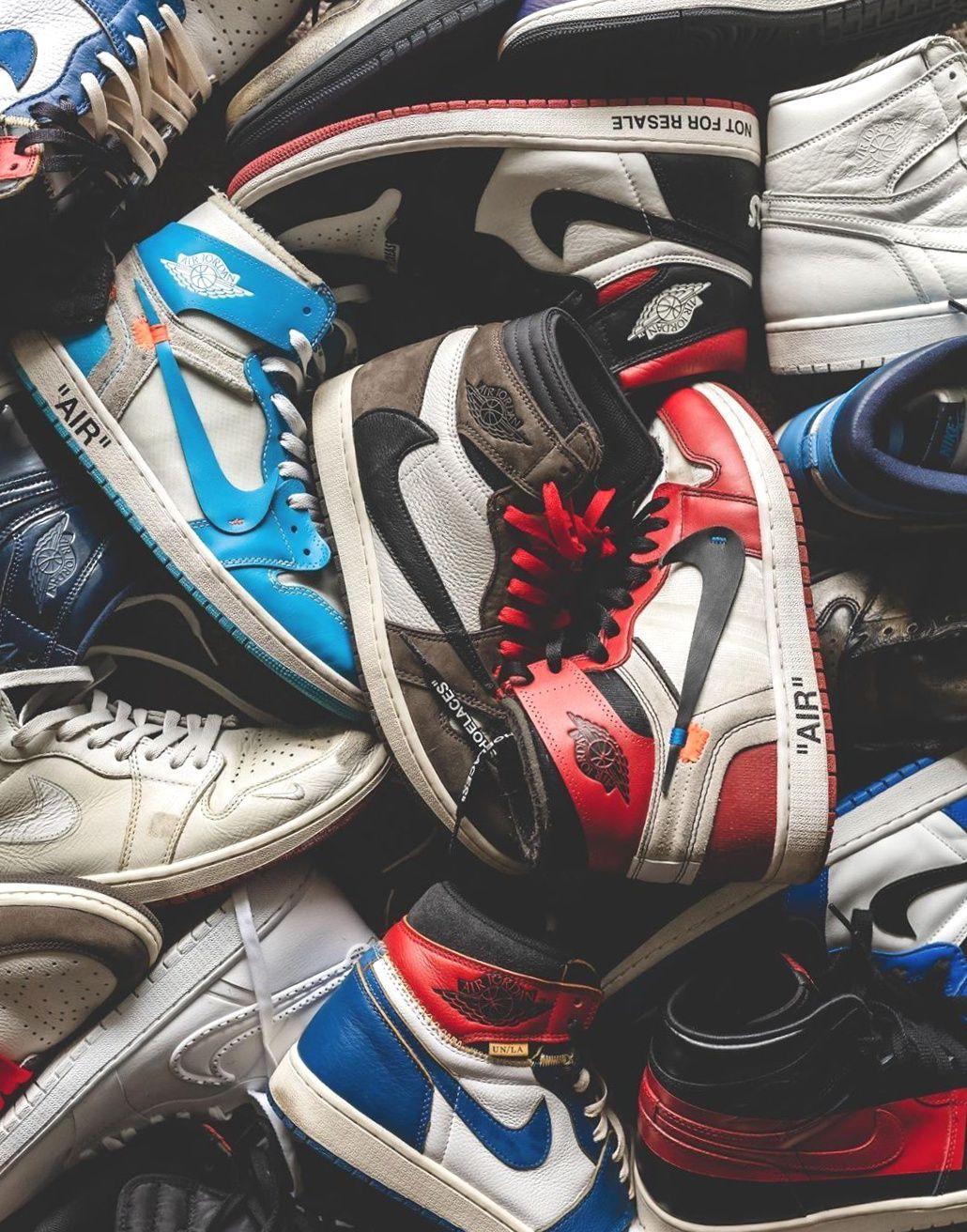 Jordan 1 Retro High Off White 2020 Christmas Outifts Trendsoutfit Casual Shoes In 2020 Jordan 1 Retro High Sneakers Fashion Jordan Fashions