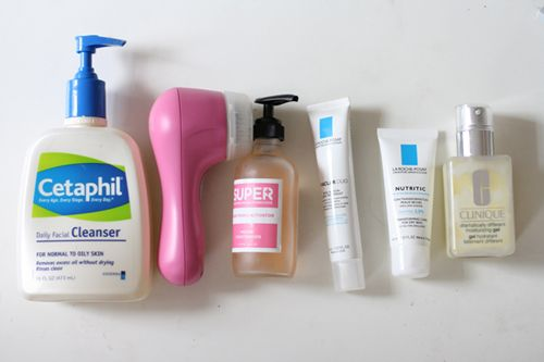 Looks Like A Good Everyday Routine For Combination To Oily Skin With Mild Acne Should Try It Mild Acne Skin Care Essentials Oily Skin