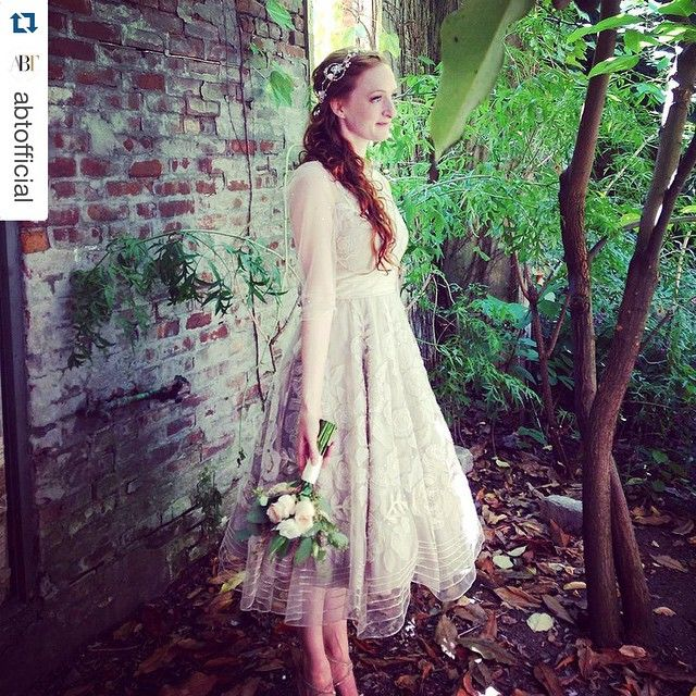 Congratulations to the ethereal @gillianemurphy who married her sweetheart #EthanStiefel today!!!  #ethanstiefel | #repost @stellaabreradetsky #murfelday #weddingday #beautifulbride @abtofficial #ballerinabride #ballet #abtballet #gillianxethan