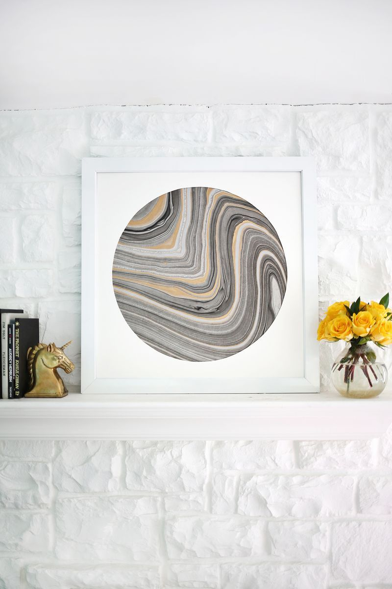 Easy wall art ideaucircle mat around marbled paper click through