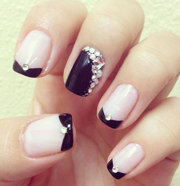 In this collection we have the best rhinestone nail designs pictures. Pick  up your favorite style. Rhinestones nails should be your new nail design. - Trendy-rhinestone-nails-designs-for-girls-2017 Nail Art