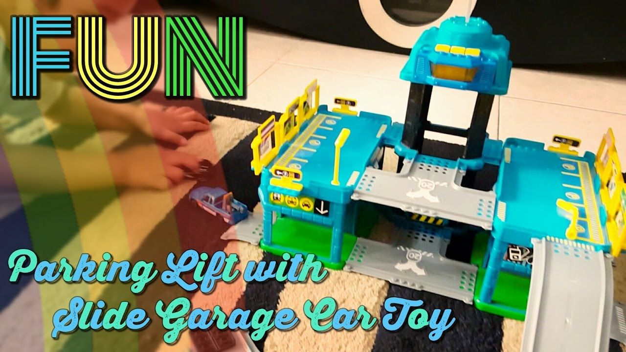 Unboxing The Fast Lane Car Garage Toys R Us With Parking Lift And Car Sl Toys Toys R Us Unboxing