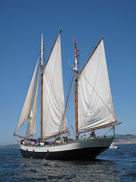 File:Tall Ships Atlantic Challenge, Tecla, Vigo.jpg