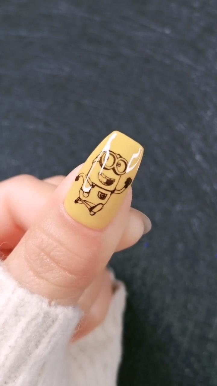 DIY Nails | Cute Yellow Nail Art Design
