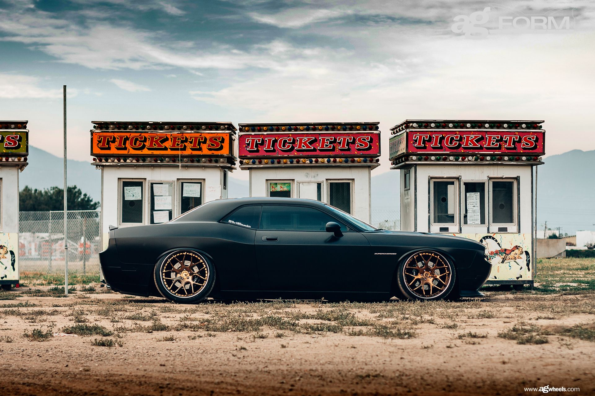 Side Vuew Dodge Challenger On Custom Wheels Motivation