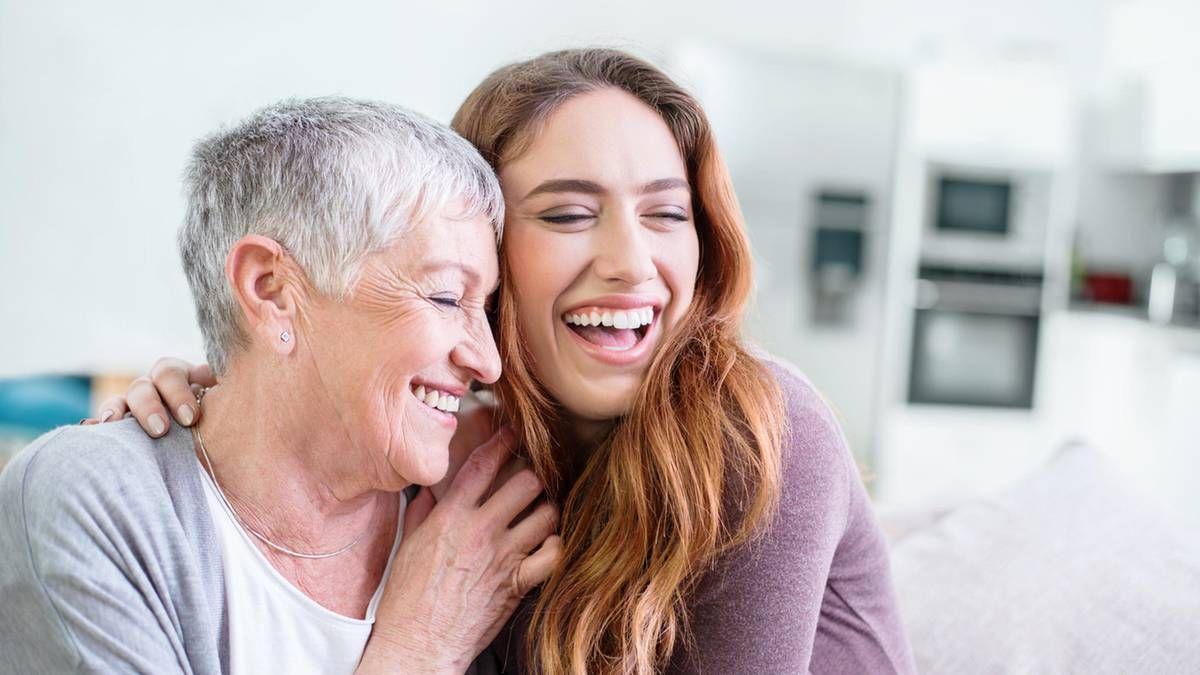 Die Beste Freundin Meiner Mutter Ist Meine Liebhaberin
