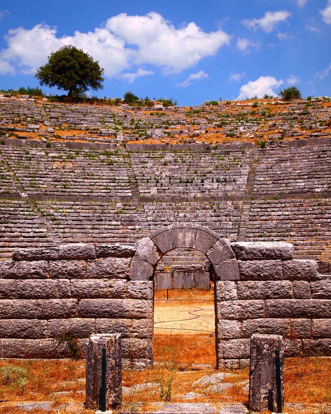 awestrek the theatre of dodona the oldest hellenic oracle in