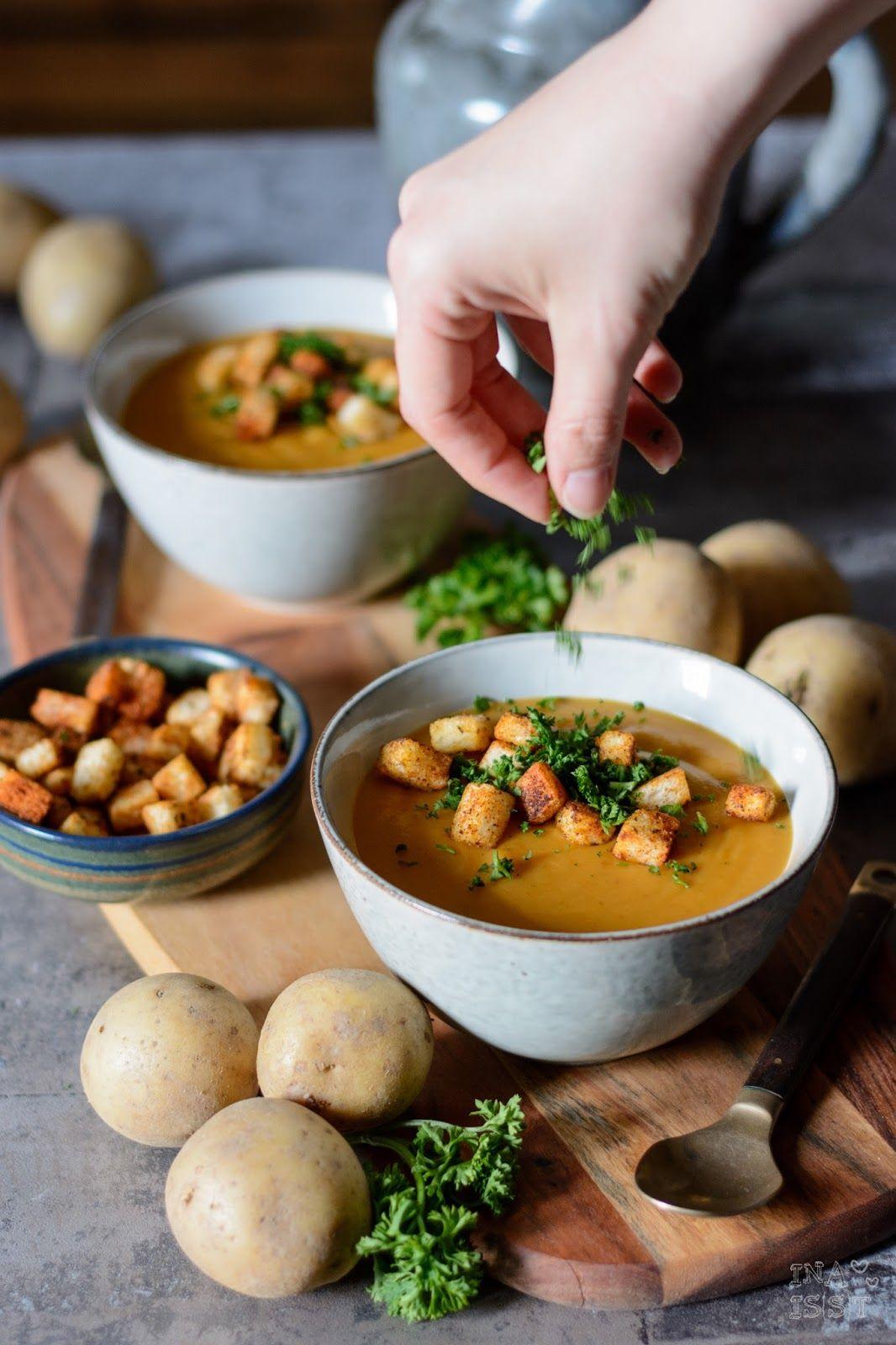 Fränkische Kartoffelsuppe mit Paprika-Croutons ...
