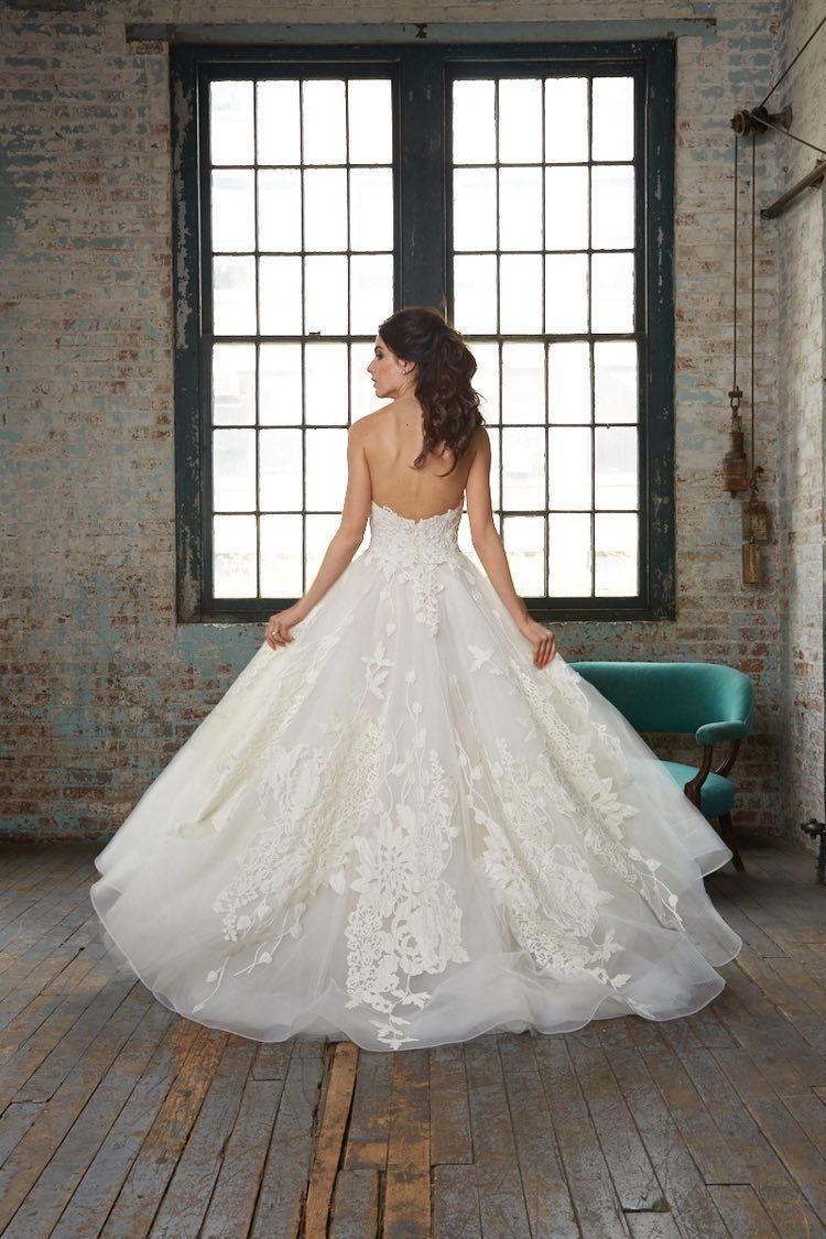 Top Wedding Dress Designer Series: Modern Isabelle Armstrong Wedding ...