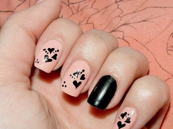 Image from http://fashiondesignshows.com/wp-content/uploads/2015/08/Beautiful-Heart-Nail-Art-Designs-2015-For-Girls-5.jpg.