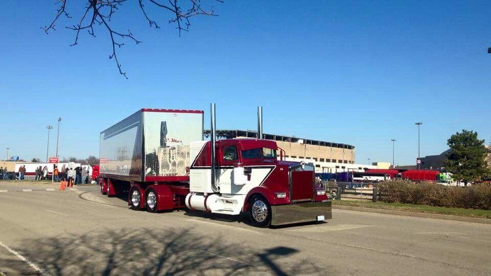 Painted to get heads turning | Semi Trucks | Pinterest | Semi trucks ...