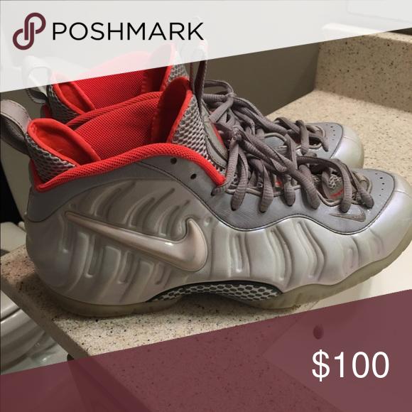 best cheap d1320 5c363 Grey Glow in Dark Yeezy Foams Size: 11.5, Cond: 8.5/10 Nike ...