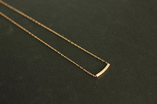 vivid silver venus minimal bar product necklace