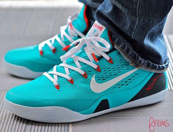 Nike Kobe 10 HTM Shark Jaw