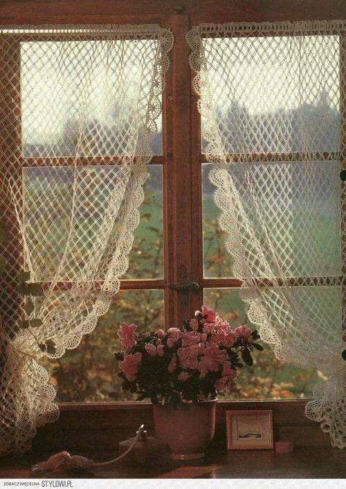Crocheted Curtains | Trailer Interiors | Pinterest | Gardinen ...