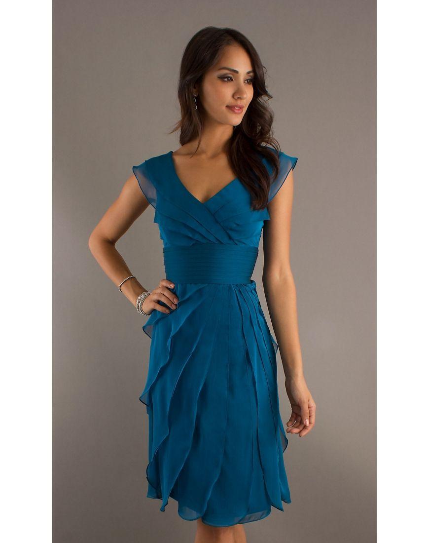 robe de cocktail bleue royale d collet e en v longue aux. Black Bedroom Furniture Sets. Home Design Ideas