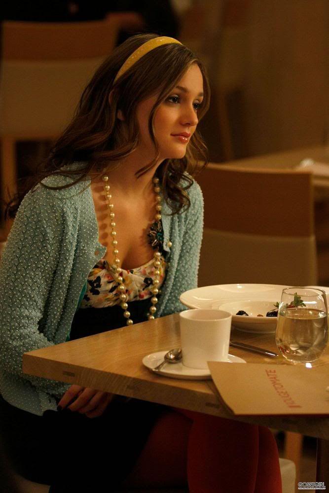 Blair Waldorf 2x25 Diane von Furstenberg dress. Leifsdottir cardigan. Paige Gamble headband.