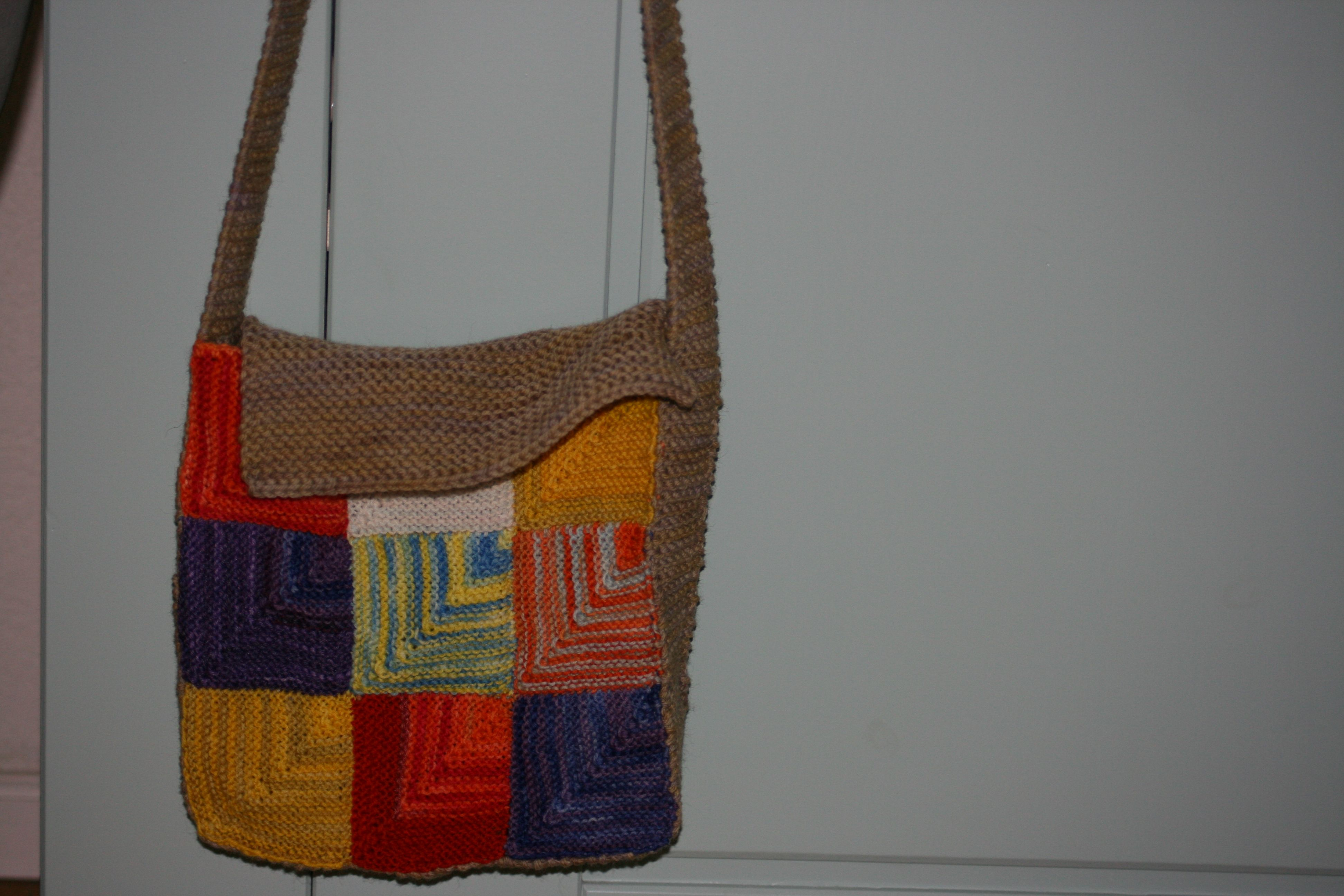 Pin op Bags