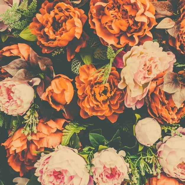Fondo Floral Con Flores Naranjas Y Rosas Foto Gratis Patterns