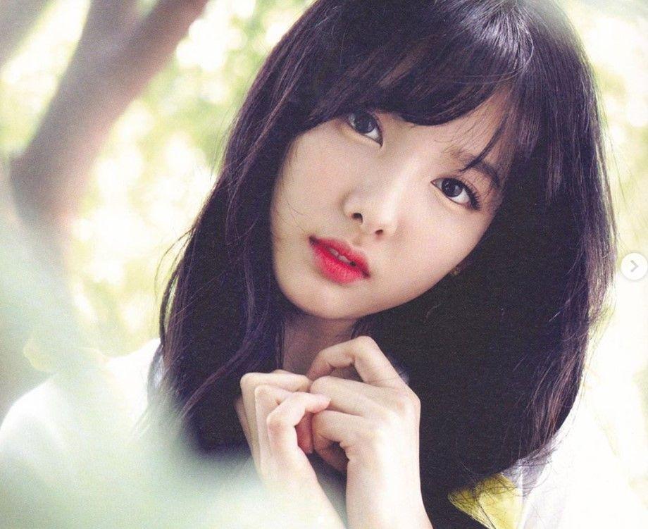 Twice S Nayeon Withdraws Restraining Order Against Foreign Stalker In 2020 Nayeon Nayeon Twice Im Nayeon