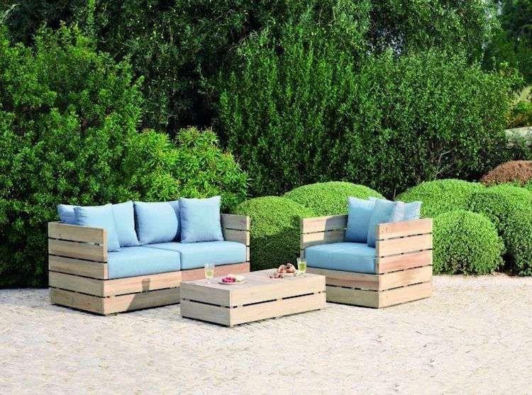 Salon de jardin en palette 35 diy pour fabriquer ses - Fabriquer son salon de jardin en bois ...