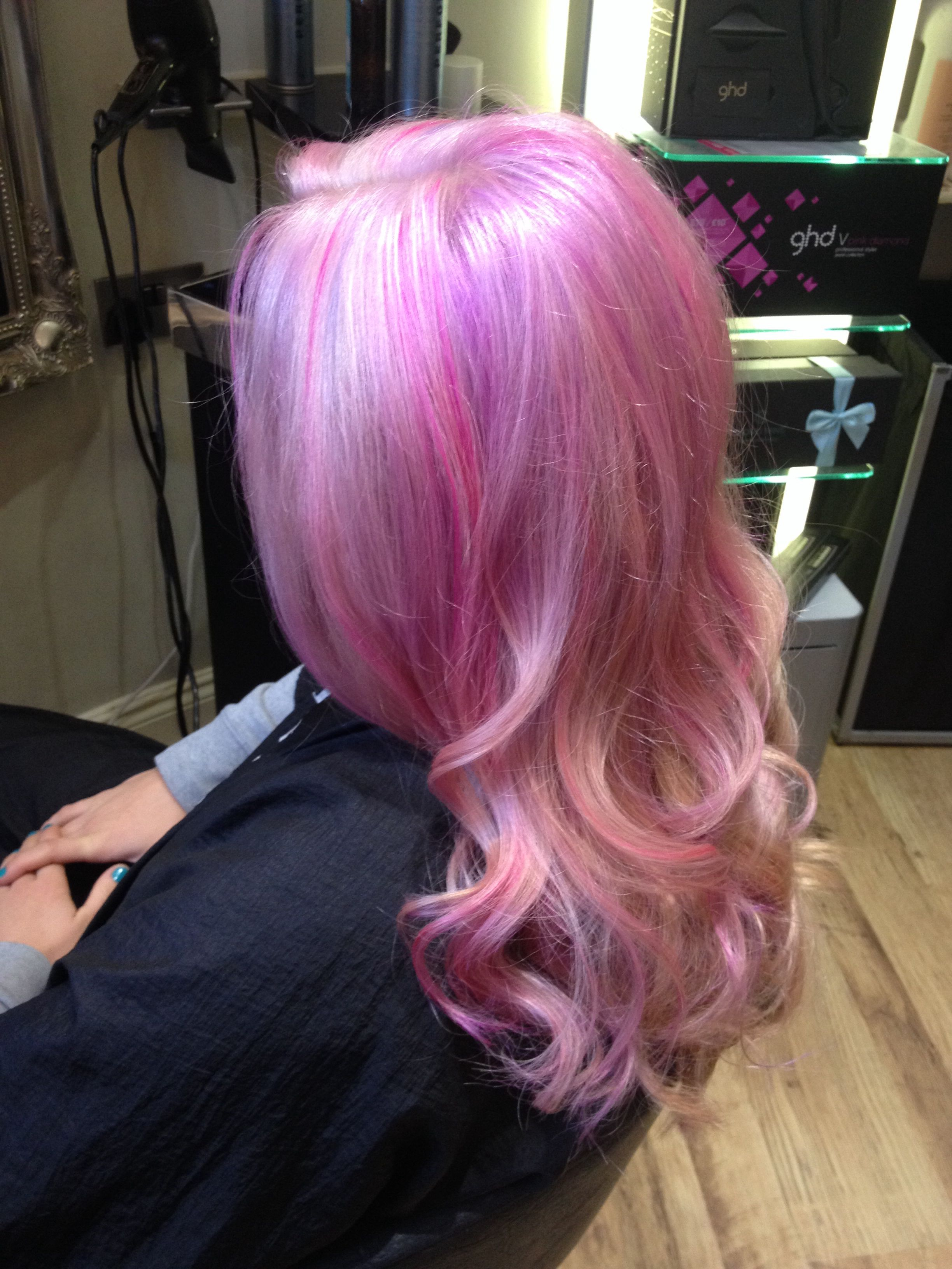 Lavender Lilac Pink Pastel Highlighted Blonde Hair Using Fudge Paint