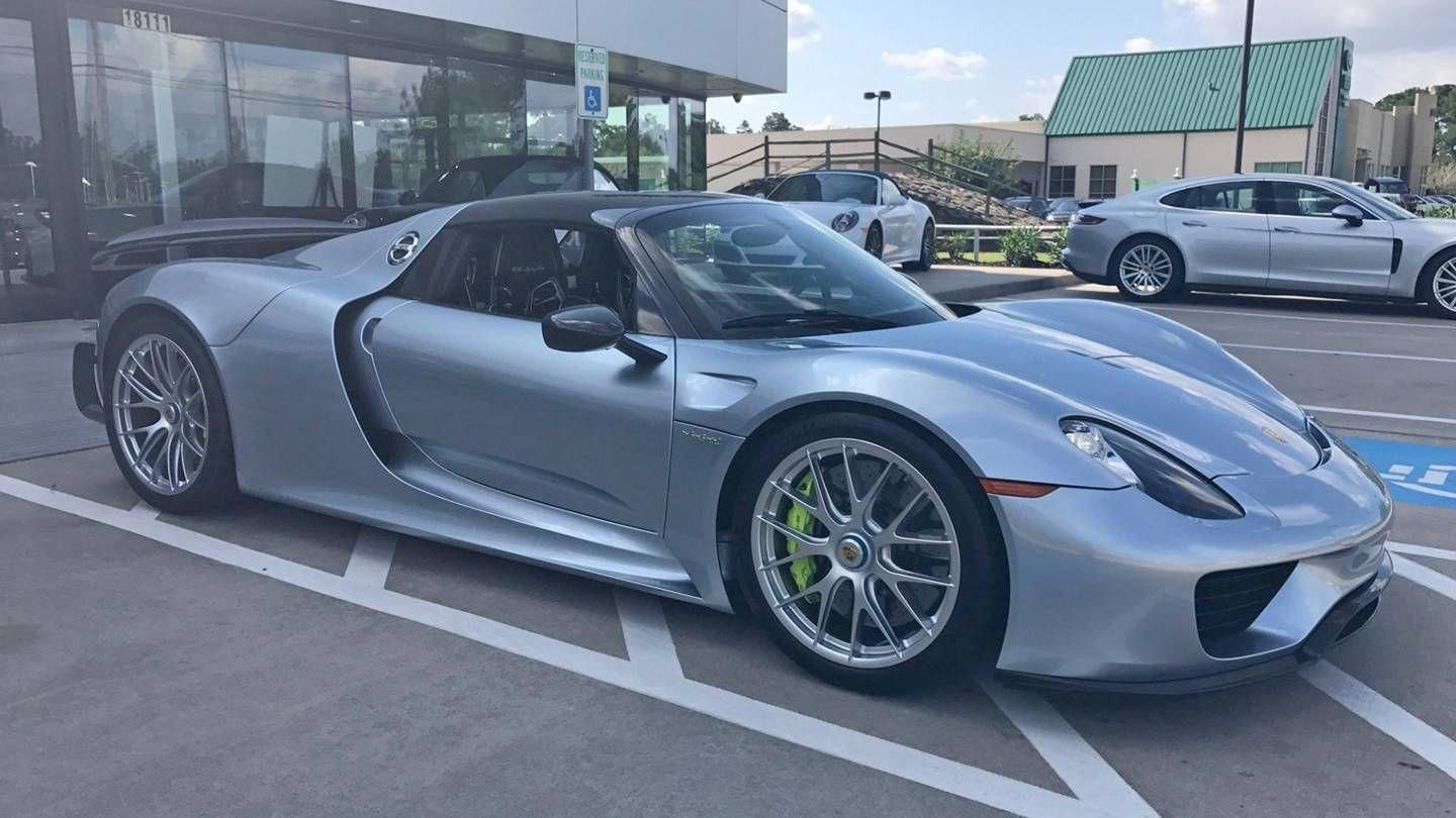 Want To Buy A 10k Mile Porsche 918 Spyder For 1 4 Million The Drive Porsche918weissach Porsche 918 Porsche Spyder