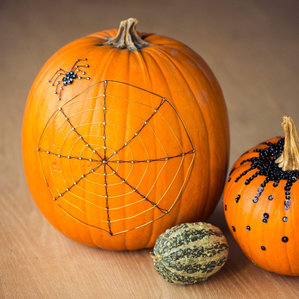 spider-web-pumpkin The Great Big Pumpkin Pinterest Spider webs - Homemade Halloween Decorations