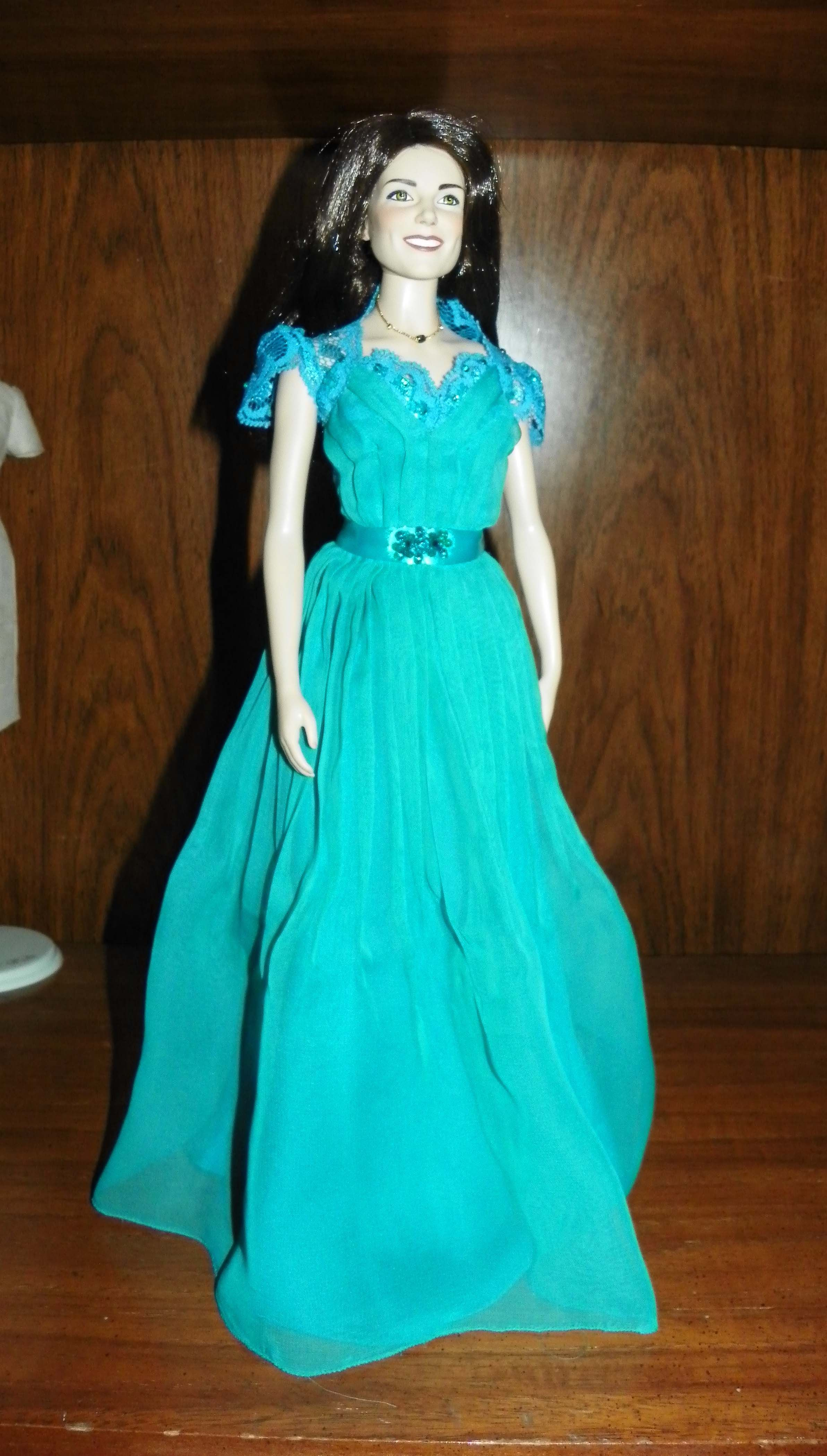 Jenny Packham teal chiffon gown worn 2012? Replica by Bea
