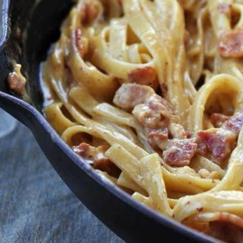 Creamy Dreamy Bacon Carbonara Recipe Creamy Bacon Carbonara Bacon Carbonara Recipes