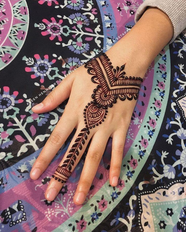 Atau Butiranya Henna Pertanyaan Sebarang Sila Tempahan Untuk Wasapkan Wedding Untuk Seb Simple Henna Tattoo Henna Tattoo Kit Henna Designs Hand
