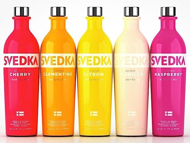 Svedka ist ein schwedischer Vodka mit einem sehr schönen Verpackungsdesign. Besonders auffällig sind dabei die Flaschen für den Vodka mit verschiedenen fruchtigen Geschmacksrichtungen.