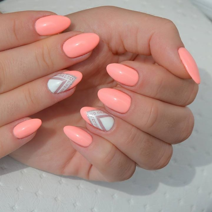 Pin By Petra Schroder On Nails Peach Nails Pink Nails Nail Designs