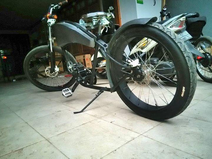 motor klasik listrik