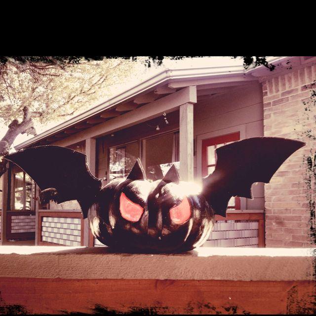 Bat pumpkin for Halloween!
