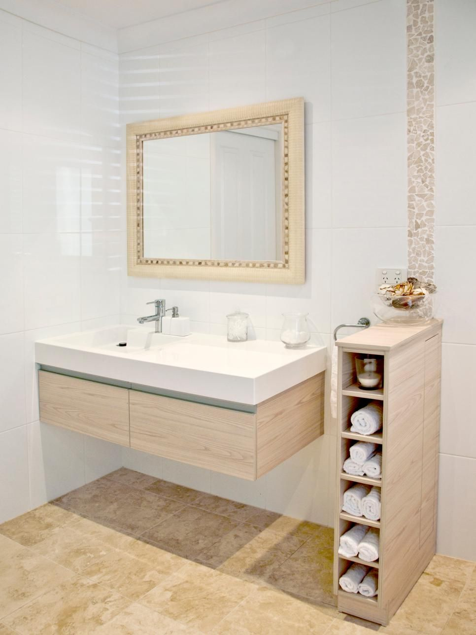 15 smart bath storage ideas bath pinterest feature tiles bath rh pinterest co uk