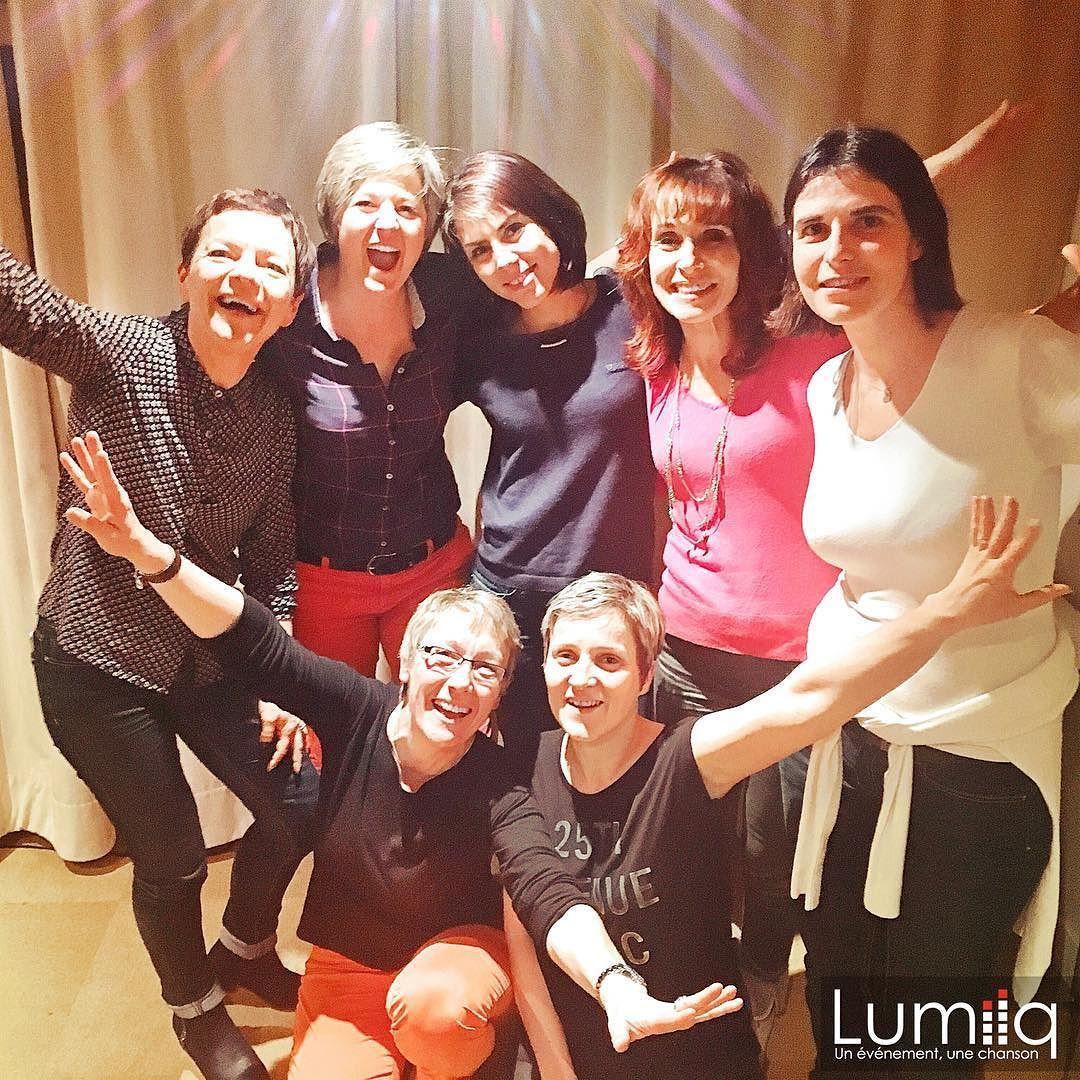 Laurence et son équipe de choque sur #PlaceDesGrandsHommes. #PatrickBruel #Paris #TeamBuilding #Florette