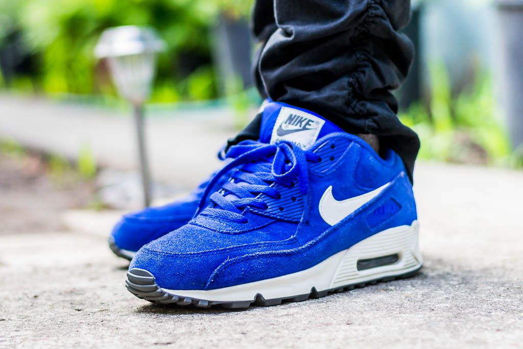 Check out my video review of the Air Max 90 Hyper Blue and find out where to grab a pair for yourself!