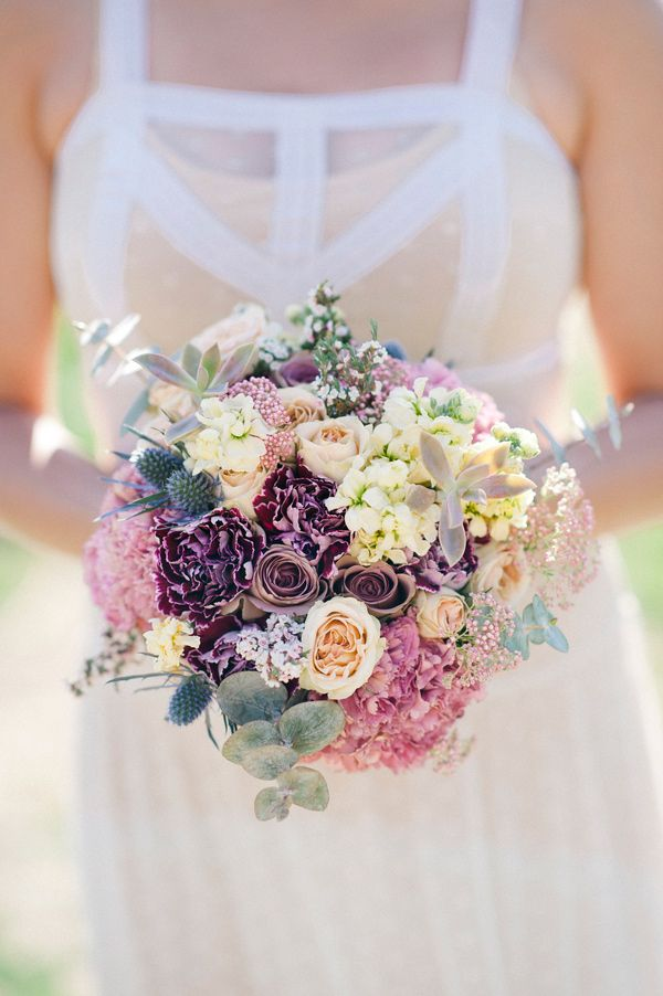 muted bouquet // photo by IYQ Photography // floral design by Sassy Snapdragon Florals