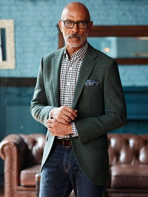 Glasses for bald men   4 step guide – GS