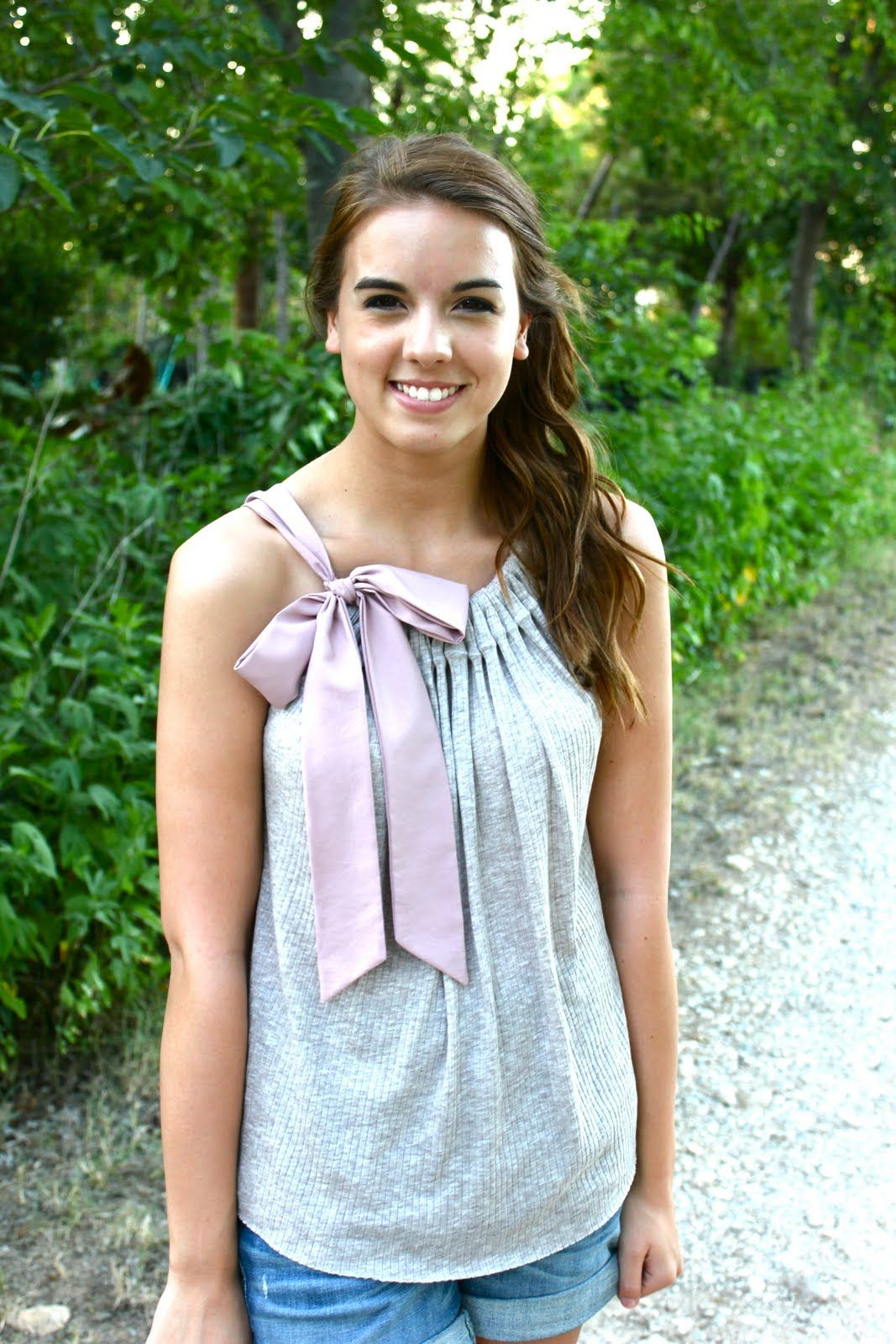 Sweet Verbena: Simple Bow Tie Top : a tutorial