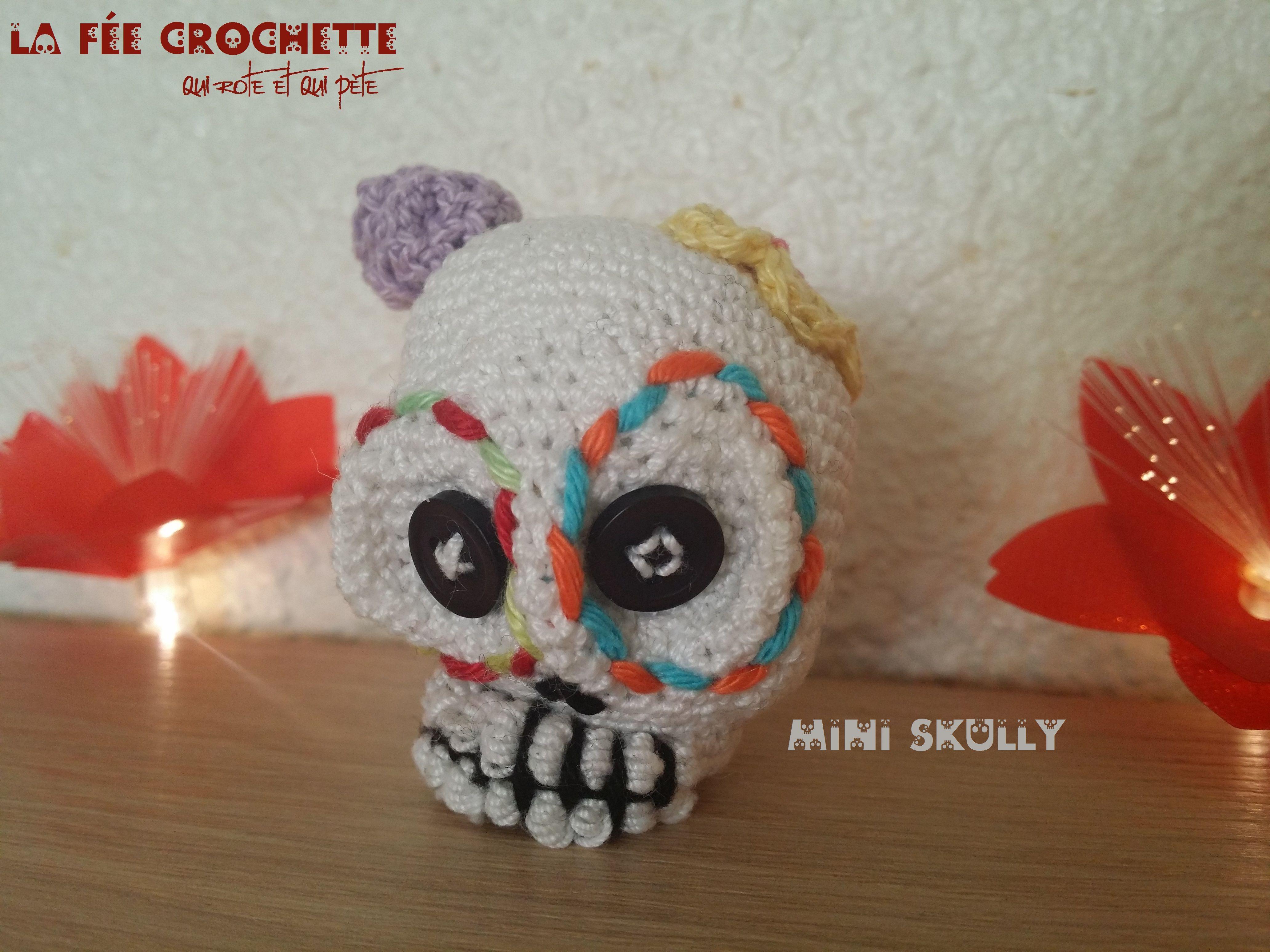 Amigurumi Mini Skull / Mini tête de mort | Crochet & amigurumis ...