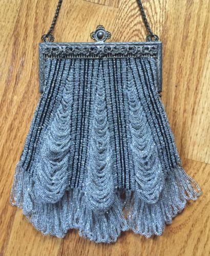 Vintage-Antique-Micro-Beaded-Purse-Crystal-Beaded-Fringe-BEAUTIFUL