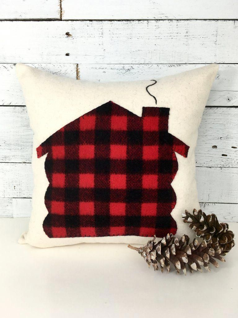 Plaid Christmas Pillows.Log Cabin Christmas Buffalo Plaid Pillow Pillows Cabin