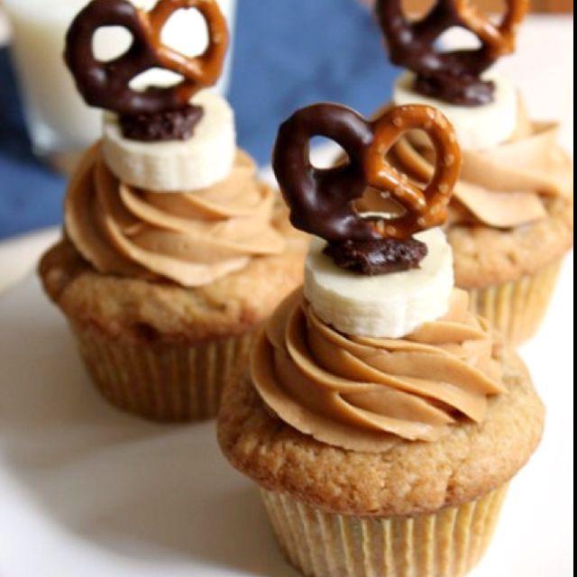 Chubby hubby cupcake..................  http://smells-like-home.com/2010/08/i-heart-my-chunky-hubby-cupcakes/
